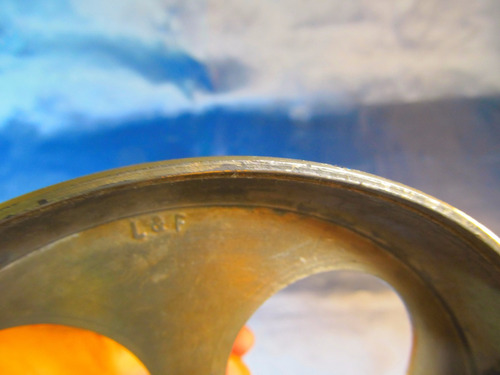 el arcon antiguo gran soporte de metal con base 37cm 39057