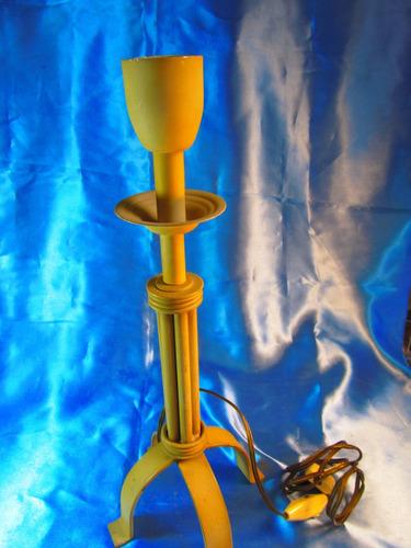 el arcon antiguo velador de hierro de pie de una luz  59503