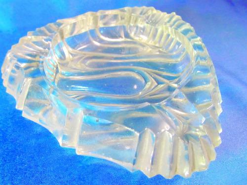 el arcon cenicero de  coleccion de vidrio prensado 613