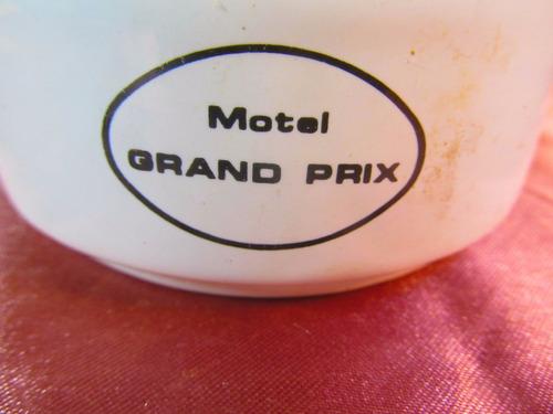 el arcon cenicero de porcelana motel grand prix 9,2cm 52511