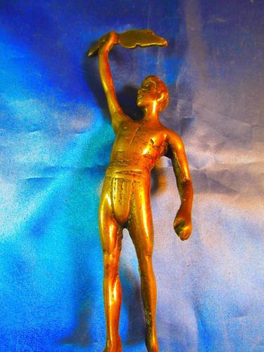 el arcon figura de bronce de un hombre 23cm 40067