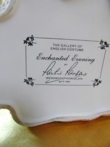 el arcon figura porcelana wedgwood enchanted evening