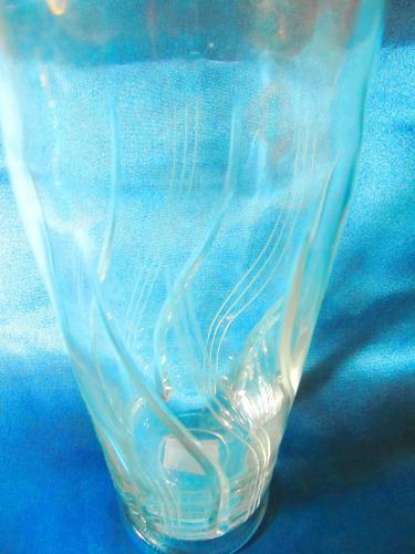 el arcon florero de cristal tallado con pie de 22cm alto 004