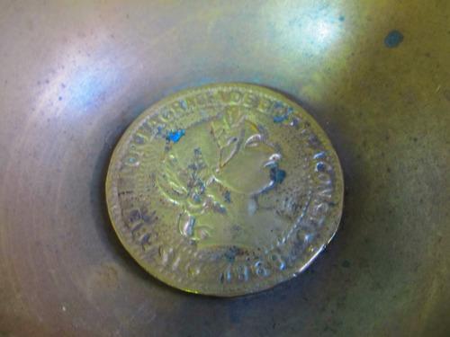 el arcon gran cenicero circular de bronce labrado 14,5 13078