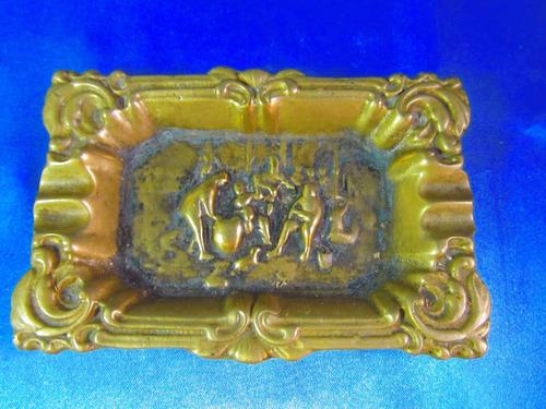 el arcon gran cenicero cuadrado de bronce labrado 12,9 13077