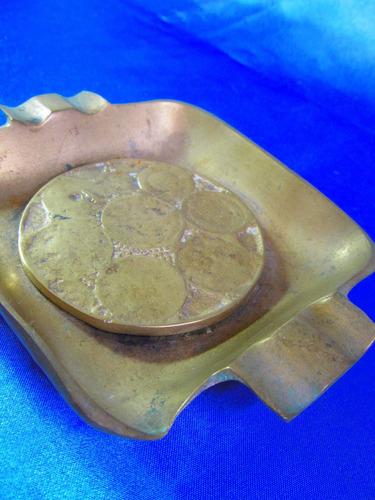 el arcon gran cenicero cuadrado de bronce labrado  14057
