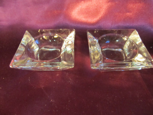 el arcon hermoso par de portavelas de vidrio prensado 12010