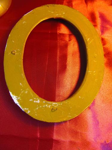 el arcon lote de dos marcos y una base de yeso dorados 441