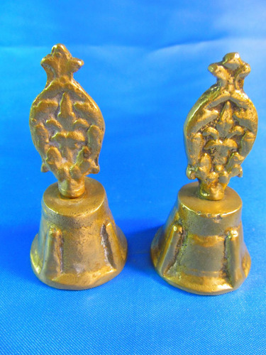 el arcon par de campanas de bronce labradas 8cm 42058