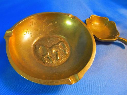 el arcon par de ceniceros motivo caballo y trebol 43058