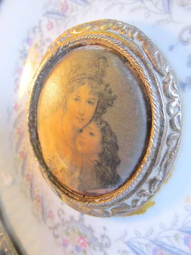 el arcon  plato de porcelana tsuji montura metalica 15038
