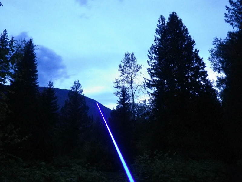 El Mas Poderoso Laser Azul 2800mw Reales 161 Derrite