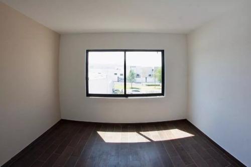 el mirador, 3 recamaras, jardín,terraza, lavandería, linda..