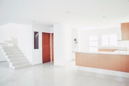 el mirador, 4ta recámara en planta baja, 3 baños, jardín