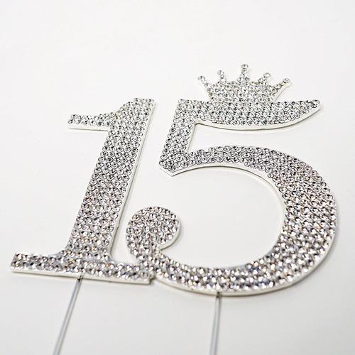 el número 15 de quinceanera del rhinestone princesa monogram