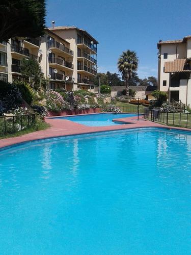 el quisco para 2 personas, departamento en condominio con piscinas