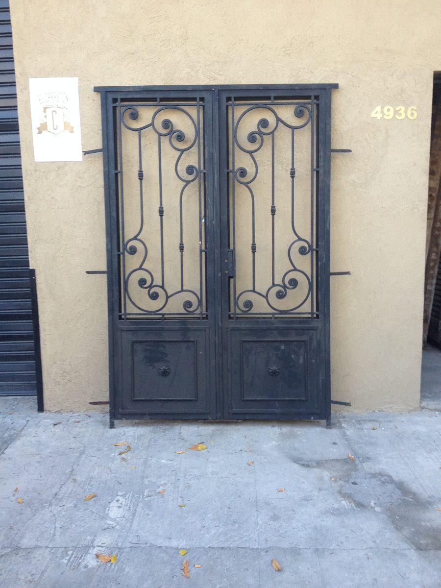 Modelos de puertas de hierro puertas modelo ingles con for Puerta en ingles
