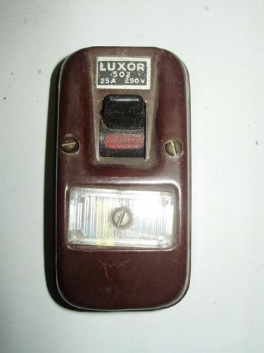 electrica llave corte luxor 502 25a 250v funciona