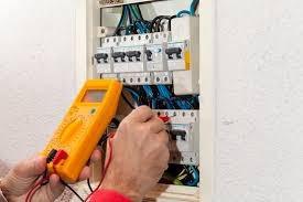 electricidad y sanitaria las 24hs los 365 dias del año!!!