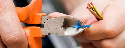 electricista a domicilio -cortos,tomas,luces,urgencias 24hs