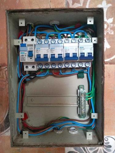 electricista matriculado presupuestos sin cargo/urgencias