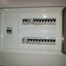 electricista urgencias 24 horas ute. 095269831
