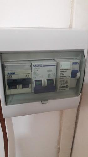 electricista,inst.ventiladores techo,aire acondicionado
