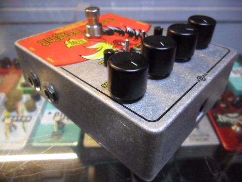 electro-harmonix pedal para guitarra electrica cock fight