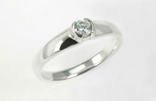 elegante anillo en plata