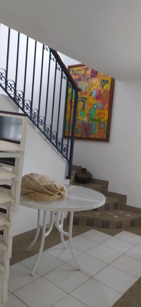 elegante apartamento en higuerote.