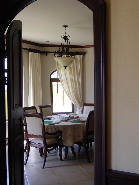 elegante casa en bosques de altamonte, curridabat, san josé