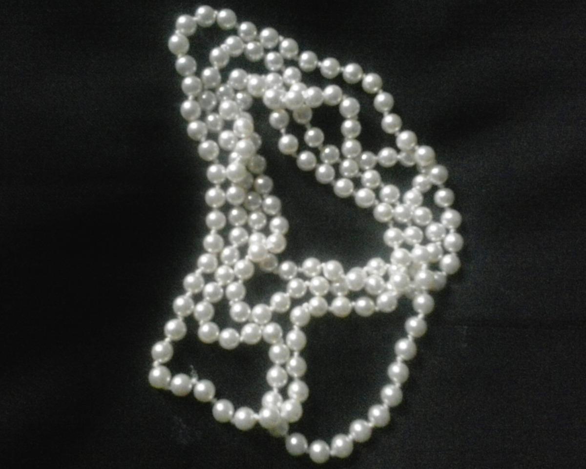 3dce7de9bb14 elegante collar de perlas blancas vintage (fantasia). Cargando zoom.