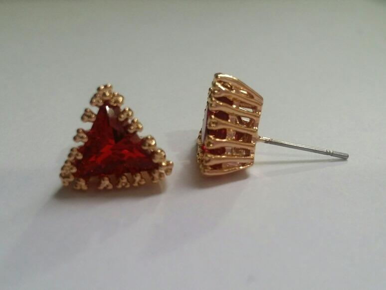 ab8124f39e3d Elegantes Aretes Baño Oro Triangulo Rojo Zirconia Rubi -   349.00 en ...