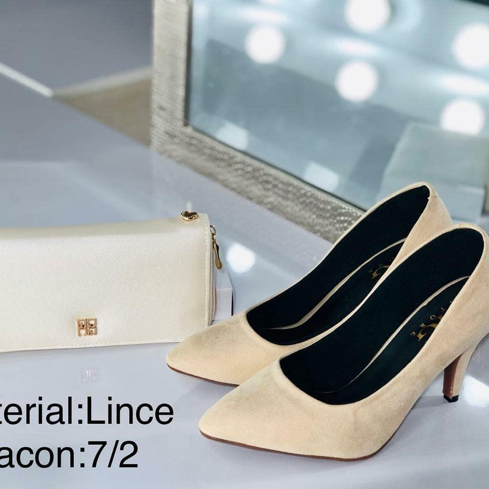 fb450ac2 Elegantes, Comodos Con Mucho Estilo - $ 98.000 en Mercado Libre