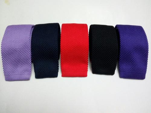 elegantes corbatas tejidas para estilo casual o formal
