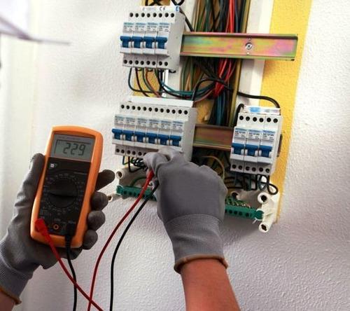 eletricista profissional capacitado técnico jurandir