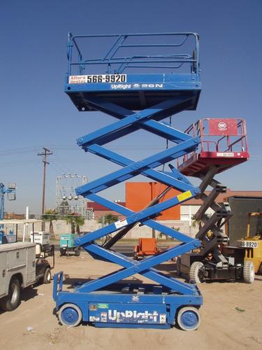 elevador tijera 26.pies altura plataforma medidas 48x96 plg