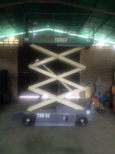 elevadora de personal marca genie modelo terex 8.60 metros