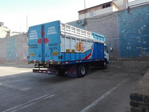 eliminacion de desmonte limpieza en general taxi carga mudan