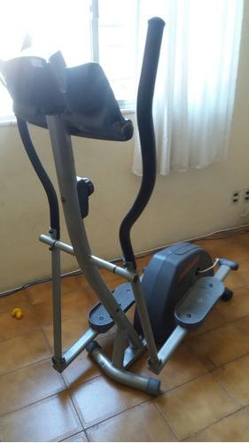 elíptico aparelho para exercícios aeróbicos