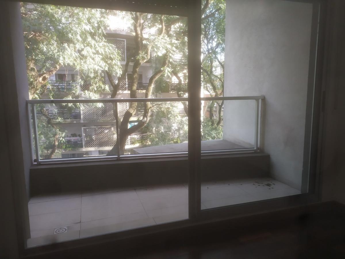 ellauri y scoceria. 2 dorm. 2 baños. 2 terrazas. 90 m2