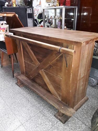 elprecio vende bar estilo rustico muy buenoooo!!!