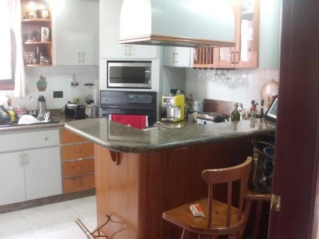 elys salamanca vende apto en las acacias mls #17-7654