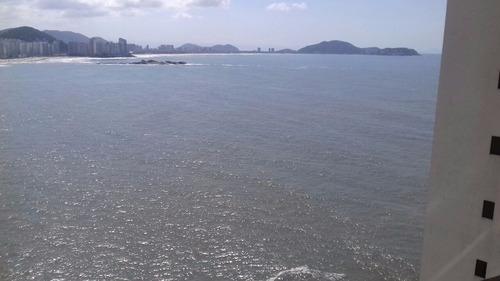 em cima do mar