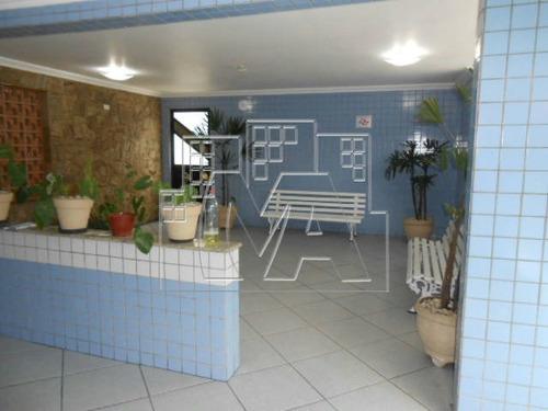 em praia grande apartamento confortável , prédio com elevador e garagem , ambiente familiar , aceita financiamento bancário