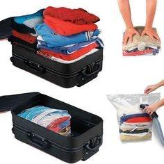 embalando roupas a vácuo que comprime diminuindo tamanho