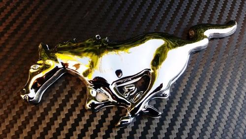 emblema caballo mustang ford parrilla y autoadheribl cromado