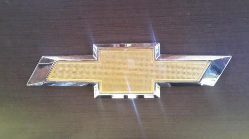 emblema chevrolet compuerta silverado tahoe avalanch orlando