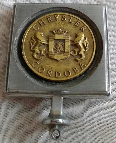 emblema cofre chrysler cordoba refac restauracion no subasta