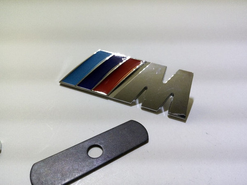 emblema de parrilla bmw m3 m5 m6 logotipo atornillable